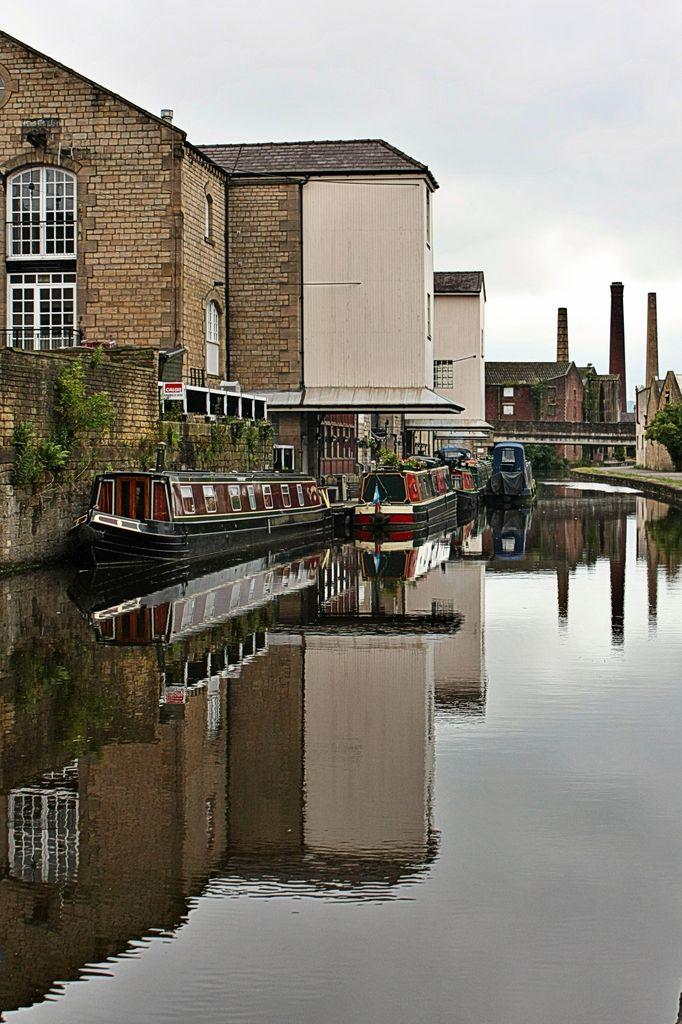 Shipley Wharf on the Leeds - Liverpool Canal