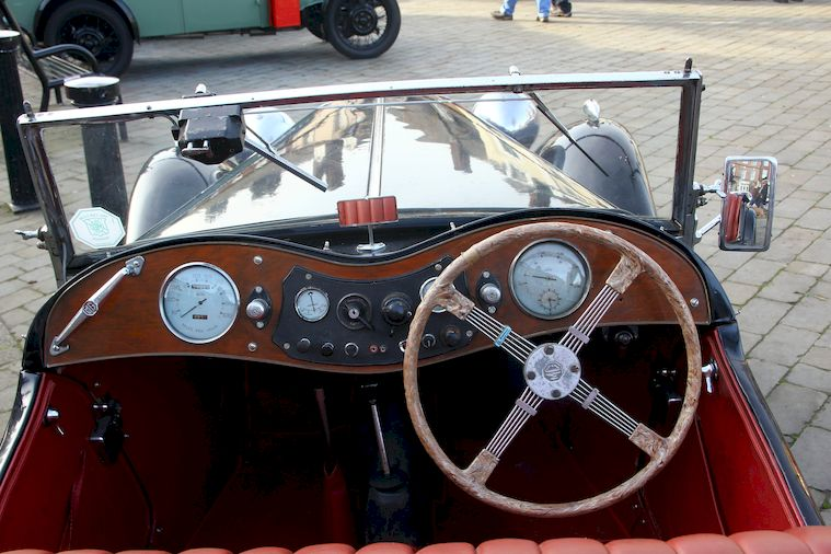 MG TC Drivers view at Brackley Cars in the Park 2017.