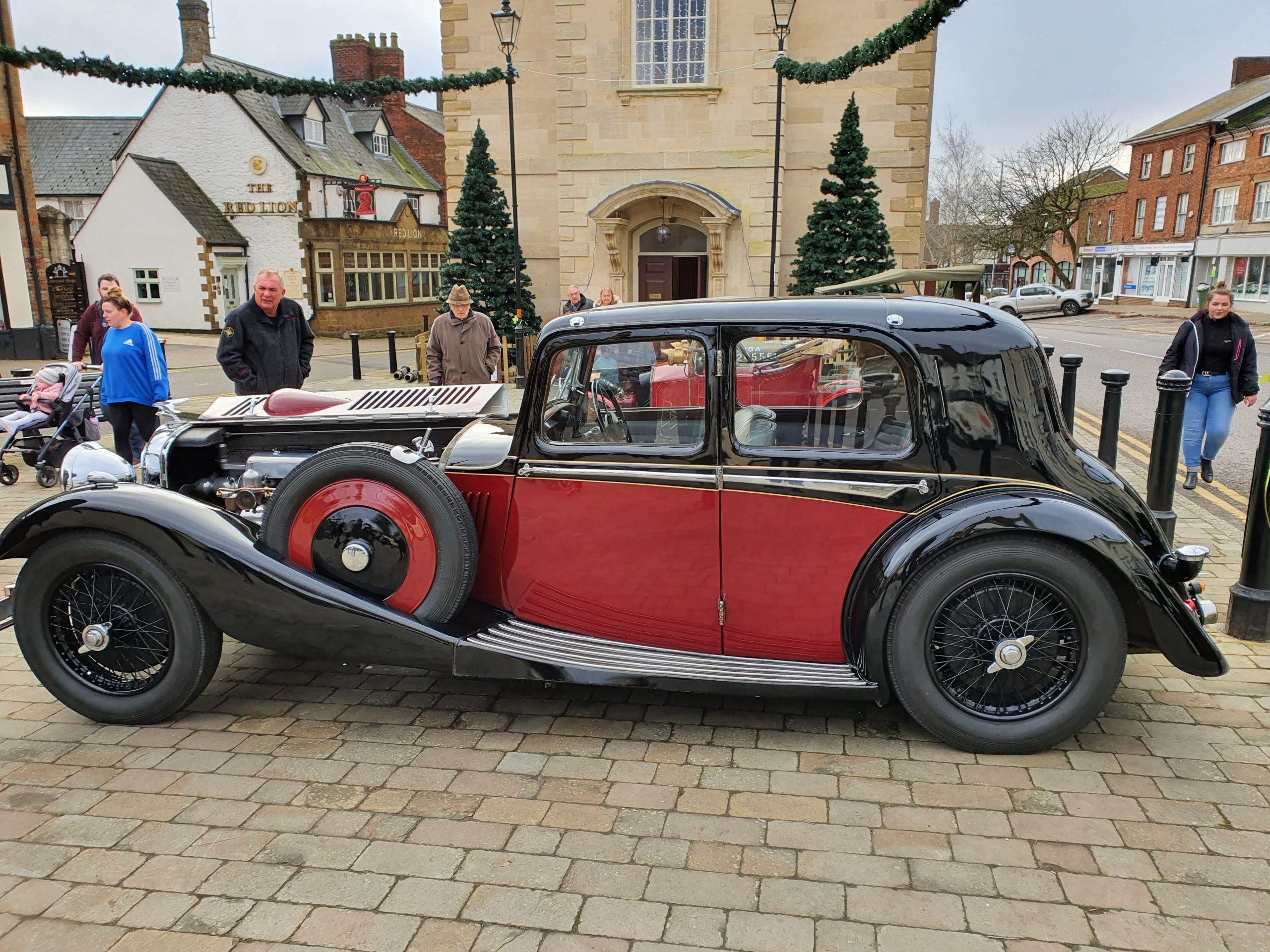 1938 Alvis at the Brackley Classic Cars in the Piazza event, 2019.